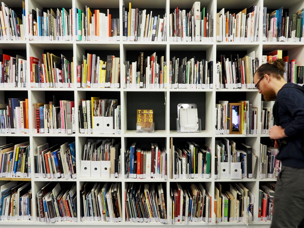 spike associate library